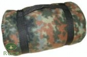 Fleece-Decke, flecktarn neu
