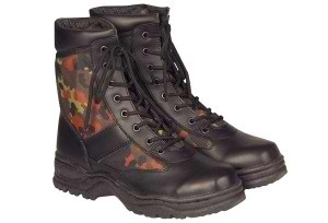 Outdoor-Stiefel, Mc Allister flecktarn neu